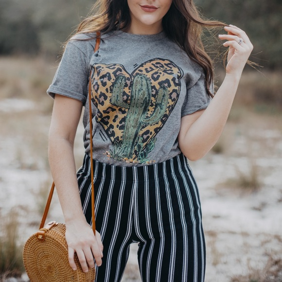 Tops - Gray Cactus Boho Leopard Heart Graphic T-Shirt SM